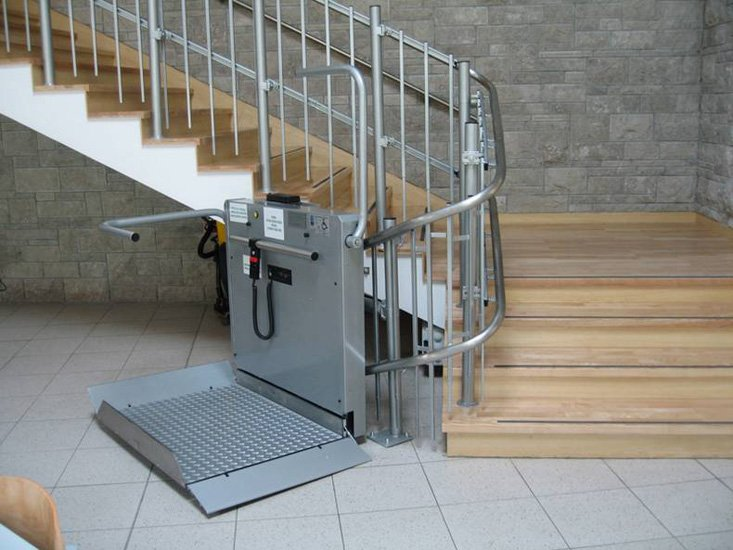 Platform Lifts And Stairlifts For People With Reduced